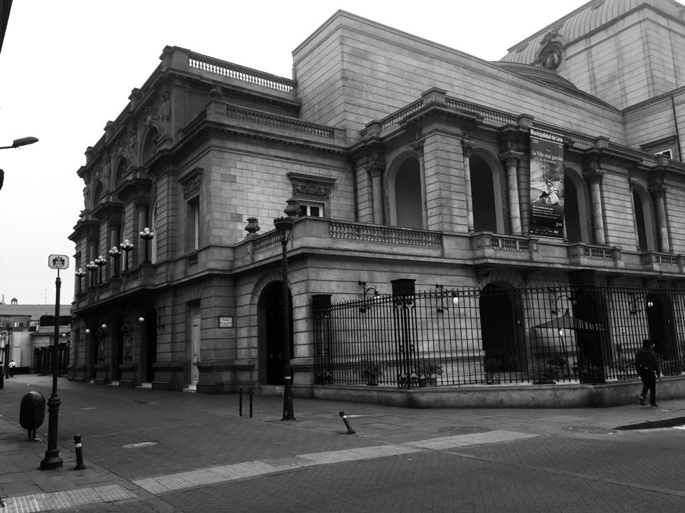 Os 100 anos do Teatro Municipal de Lima