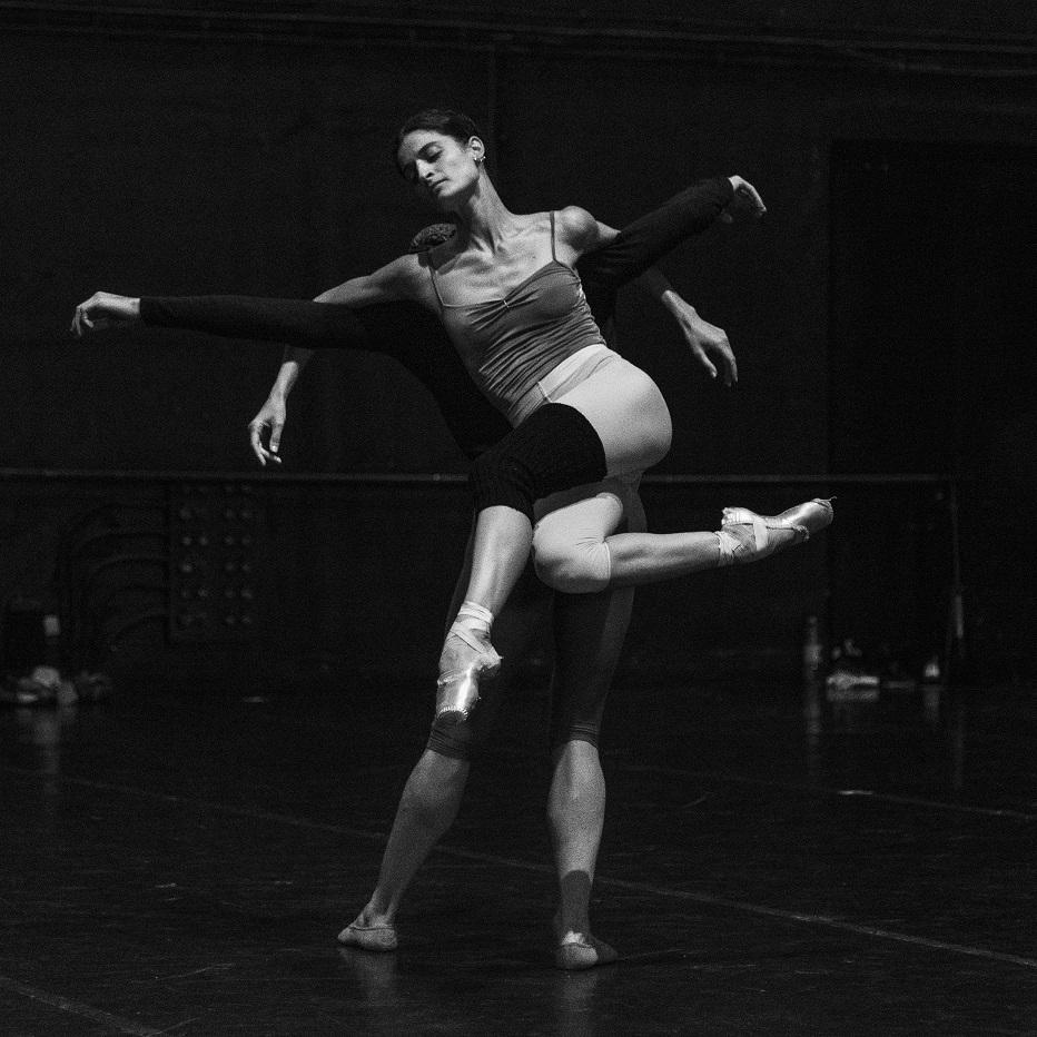 Corpos de Baile + Teu Corpo Meu Eco